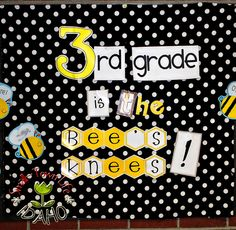 Next year's classroom theme?  LOVE the idea then looked it up - seems to be rather popular! Hmmmm... I guess a lot of teachers love how cute it is! I'm still thinking it may be my class's theme :-) bzzzzzzzzz . . . . . .