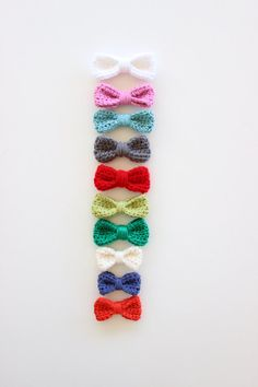 Crochet hair bows from Modern Moose Haves on Etsy