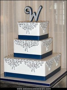 99 Amazing Navy Blue Wedding Cakes for Different Touch - VIs-Wed Navy Silver Wedding, Navy Blue Wedding Cakes, Elegant Wedding Cakes, Trendy Wedding, Blue And Silver, Our Wedding, Dream Wedding, Wedding Bells, Silver Centerpiece
