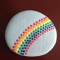 45 Awesome Painted Rocks - Steine bemalen - Painting Tips Pebble Painting, Dot Painting, Pebble Art, Stone Painting, Rainbow Painting, Garden Painting, Mandala Painting, Painting Flowers, Painting Tips
