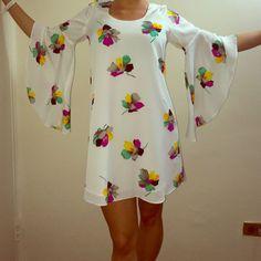 Voom By Joy Han White Flowy Bell Sleeve Dress Xs