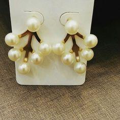Brincos Ear Jacket de Pérolas