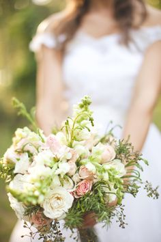 Vintage Southern-Mexican Wedding | Ruffled/ lovely wild floral bouquet.