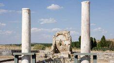 Columnas y restos romanos en el Parque Arqueológico de Carranque. Carranque, Toledo © Turespaña