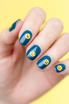 Super cute Emoji nails. HOW-TO: http://sonailicious.com/emoji-nails-tutorial/