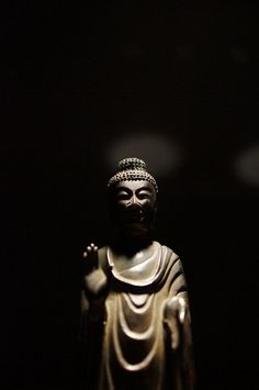 Nyorai Buddha statue, Asuka era (7th century), Japan