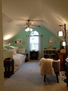 25 Dreamy Attic Bedrooms Interiorforlife.com Mary Anne?s Ocean Vacation Room Room for Color Contest
