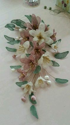 French Beaded Flowers, Crochet Flowers, Crochet Lace, Fabric Flowers, Silk Ribbon Embroidery, Hand Embroidery, Embroidery Designs, Needle Lace, Bobbin Lace