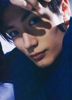 Haruma Miura | Shared Folder | دراما يابانية Jpop Amino Cute Japanese Boys, Japanese Men, Takeru Sato, Haruma Miura, Perfect Strangers, Shared Folder, Korea, Beautiful Gorgeous, Asian Actors