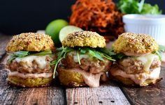 Spicy chipotle chicken and cajun andouille sausage sliders on cauliflower buns. Hamburger Recipes, Beef Recipes, Chicken Recipes, Cooking Recipes, Healthy Recipes, Paleo Meals, Paleo Food, Healthy Options, Recipies