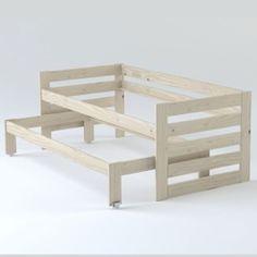 Cama compacta en madera pulida