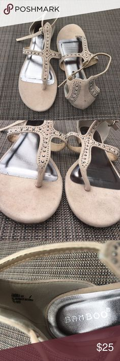 REPOSH BAMBOO SANDALS Super cute. Purchased through another posher. My foot is slender. I'm a true size 6 but my foot is lost in these for some reason. Super cute. Never worn by me. Worn a few times by last posher. But in wonderful condition. bamboo Shoes Sandals