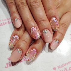 Nude With floral nail art! ☆像 | Jill