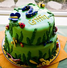 Image detail for -Bug Cake by caincakemaker on Cake Central Bug Birthday Cakes, Birthday Ideas, Birthday Stuff, 4th Birthday, Birthday Parties, Fondant Cakes, Cupcake Cakes, Cupcakes, Cupcake Ideas