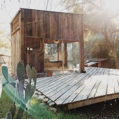 Cabin adventure or in your backyard this tiny house is perfect for everyone.
