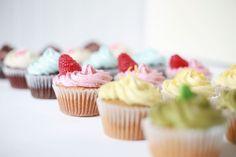 Allergy free bakery in Montreal Vegan Cupcakes, Vegan Cake, Mini Cupcakes, Biscuits, Gluten Free Bakery, Allergy Free, Vegan Sweets, Macaron, Allergies