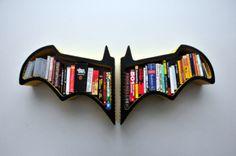 Bookshelf with Batman Bat-Shaped | FeelHomy.Com