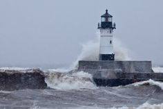 Northern Images Wallpapers (Dennis O'Hara) -- March Gales at Duluth.
