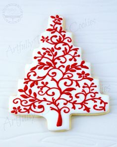 Beautiful white tree shaped Christmas cookie  delicate red scroll piping ToniKami ℬe Meℜℜy
