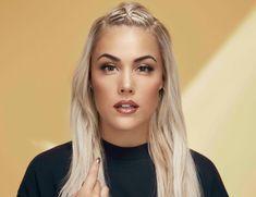 Julie Bergan (born 12 April is a Norwegian singer and songwriter. Max Factor, Singers, Bb, Beautiful Women, Artists, Face, Beauty Women, The Face, Faces