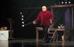 http://www.claudiagrohovaz.com/2017/01/perche-non-parli-paolo-cevoli-al-teatro.html