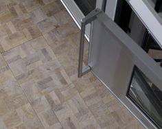 Idee & Parquet, Abito su Misura: Quercia Ghibellina Naturale #ideeparquet #abitosumisura #parquet Tile Floor, Flooring, Crafts, Parquetry, Wood Flooring, Crafting, Diy Crafts, Craft, Floor