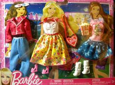 NEW Barbie Fashionistas MOVIE NIGHT SET 3 outfits & accessories #Mattel