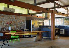 Casa na Praia Preta por Nitsche Arquitetos - http://www.galeriadaarquitetura.com.br/projeto/nitsche-arquitetos_/casa-na-praia-preta/655#