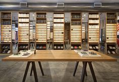 http://www.insidebusinessnyc.com/warby-parker-meatpacking-nyc/ - See the virtual tour and photos here! #warbyparker #nyc #googlemaps