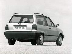 Volkswagen Polo hatchback 1990-1994 vue AR - photo Volkswagen | Auto Forever