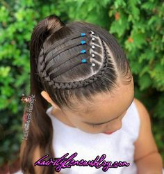 White Mane Box Braids - Top 20 All the Rage Looks with Long Box Braids - The Trending Hairstyle Curly Hair Braids, Braids With Curls, Long Box Braids, Braids For Short Hair, Braids For Kids, Curly Hair Styles, Natural Hair Styles, Side Braids, Braid Bangs