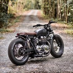 "28.9k Likes, 71 Comments - Cafe Racers of Instagram (@caferacersofinstagram) on Instagram: ""@eakkspeed's Triumph T100 ready for a little adventure. Happy Friday! . Photo by Overridephoto. . .…"""