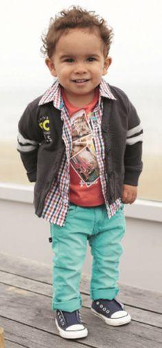Babyface Sale bei www.modepur.com, ausgefallene Babyjeans, Baby-Röcke, Baby-Shirts, T-Shirt, Legging, Strickjacken zu sommerlcihen Preisen-Babymoden aus den Niederlanden