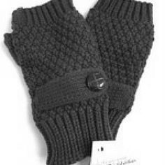 Whitney Eve Black Fingerless Gloves New with tags! Whitney Eve Black Fingerless Gloves Whitney Eve Accessories Gloves & Mittens