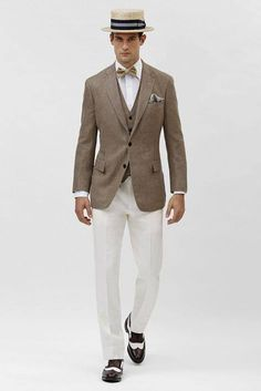 Linen and Bow-tie.  Suit and tie fixation