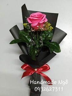 Flower Shop Decor, Flower Arrangements, College, Flowers, Plants, Diy, Gifts, Ideas, Rose Arrangements