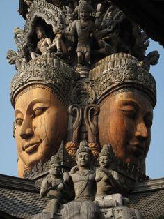 Santuário de Pattaya - Tailândia.