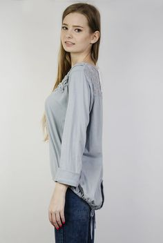 Szara bluzka z guzikami