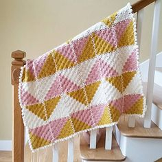 My interpretation of a quilt design in crochet. Started with mustard pink and gray, but didn't like it. Switched the gay for cream. Four of seven rows complete. C2c Crochet Blanket, Crochet Bedspread, Crochet Quilt, Granny Square Blanket, Crochet Doilies, Crochet Geek, Crochet For Kids, Beginner Crochet, Easy Crochet