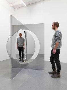 Rotating Views by Jeppe Hein on Curiator, the world's biggest collaborative art collection. Mirror Illusion, Illusion Art, Infinite Mirror, Artistic Installation, Lounge Areas, Sculpture Art, Contemporary Art, Photos, Instagram