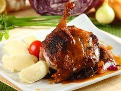 Poznani kacsa Polish Recipes, Polish Food, Hungarian Recipes, Entrees, Steak, Pork, Dishes, Chicken, Yum Yum