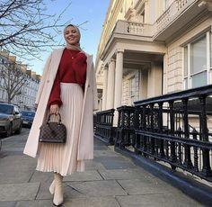 Hijab Fashion Summer, Modern Hijab Fashion, Hijab Fashion Inspiration, Winter Fashion Outfits, Muslim Fashion, Skirt Fashion, Mode Abaya, Mode Hijab, Classy Work Outfits