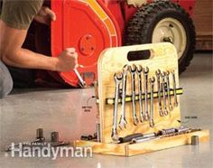 This simple tool storage tote is perfect for organizing all your metric and SAE sockets and wrenches. You can make it in minutes with plywood and two magnetic bars.