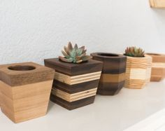 Wood Planters, Planter Boxes, Pallette, Diy Table, Plant Decor, Small Gifts, Flower Pots, Wood Crafts, Craft Projects