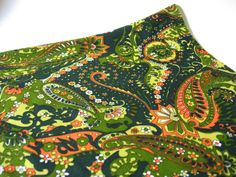 think I can rock it, or is it a little too green? Printed Materials, Green And Orange, Paisley, Floral Prints, Rock, Knitting, Fabric, Etsy, Vintage