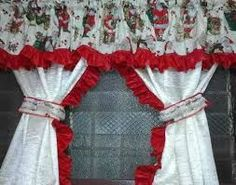 Resultado de imagen para cortinas navideñas con luces Christmas Crafts, Christmas Decorations, Christmas Ornaments, Holiday Decor, Red Kitchen Curtains, Luxury Curtains, Christmas Stockings, Sewing Crafts, Diy And Crafts