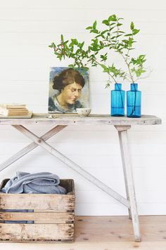 antique French wash table It once was a wash and scrub table and now it works as a beautiful piece of furniture. It would make a great entry way table or console table in your living or dining room. Great for display a collection, flower arrangements, lamps, a stack of books, ...  Works well in a modern styled home with lots of white, in a minimal rustic home, a seaside based house or in the country.  color: gorgeous naturally washed grey color with some natural pine wood color peeping…