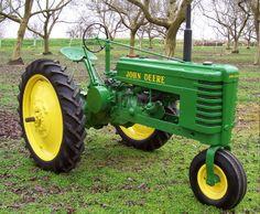 Vintage tractor!!