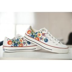 MAZOVIA DESIGN. CREATE YOUR OWN PRINT ON SNEAKERS AT WANNASHOE.COM