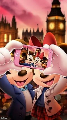 Mickey & Minnie getting their selfie in London